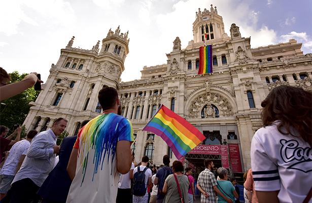 Marcha reivindica derechos LGTBI en el World Pride en Madrid