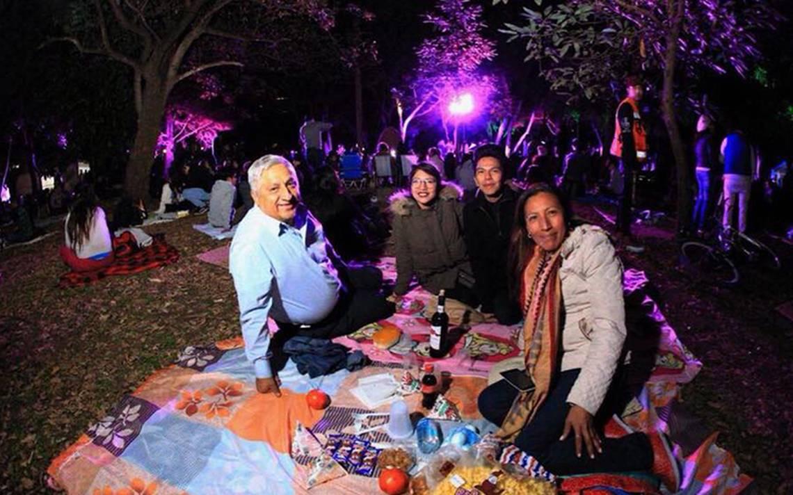 ¡Hoy primer picnic nocturno del año! Disfrútalo en Chapultepec y Aragón