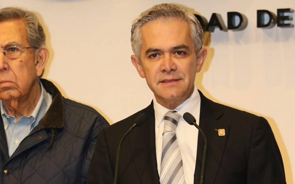 """Mancera defiende fotomultas en la CDMX al asegurar que """"salvan vidas"""""""