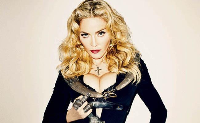 Madonna dice estar avergonzada de ser estadounidense