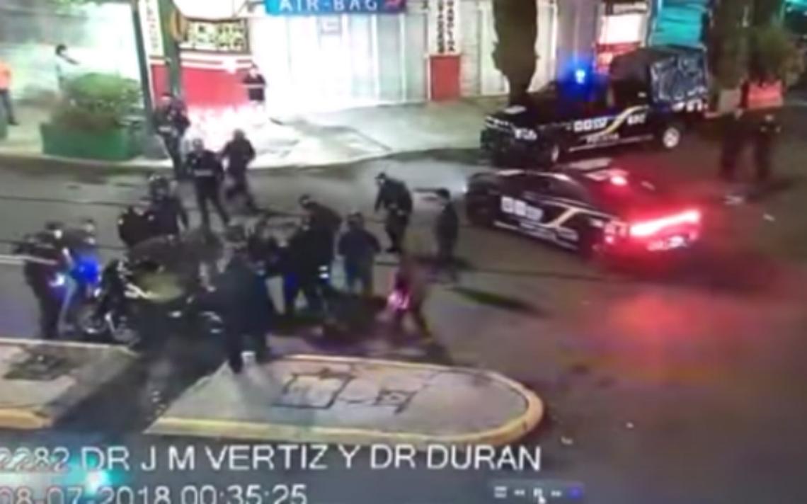Se fugan policías que golpearon a un reportero en la colonia Doctores