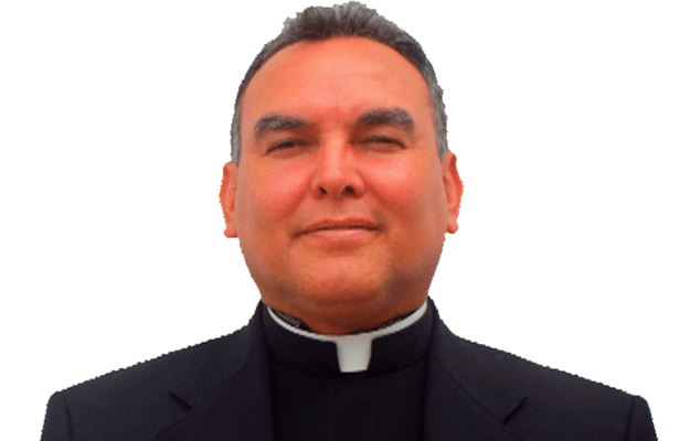 "Justicia de Coahuila busca al padre ""Meño"""