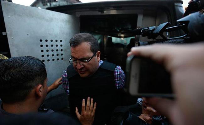 Extradición de Javier Duarte tardaría hasta un año: PGR