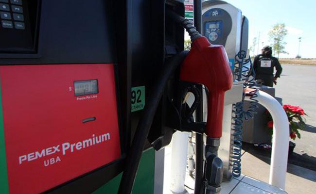 Por irregularidades, SAT clausura 12 gasolineras en Puebla