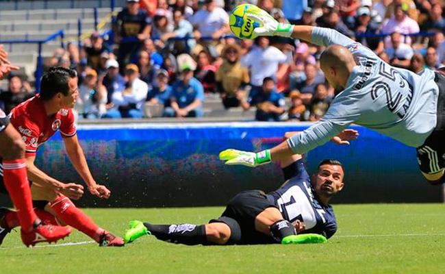 Pumas le roba la victoria a Xolos y empata 3-3