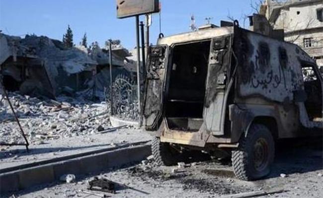 Atentado en Siria por coche bomba deja al menos 42 muertos