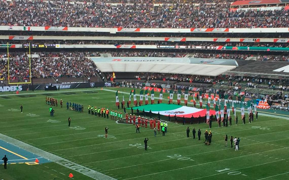 #FuerzaMéxico Emotivo homenaje a los héroes del 19-S en partido Raiders-Patriotas