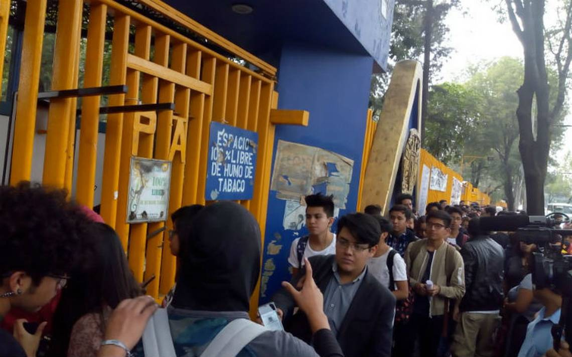 Regresa la vida académica al CCH Azcapotzalco; mantendrán paro activo
