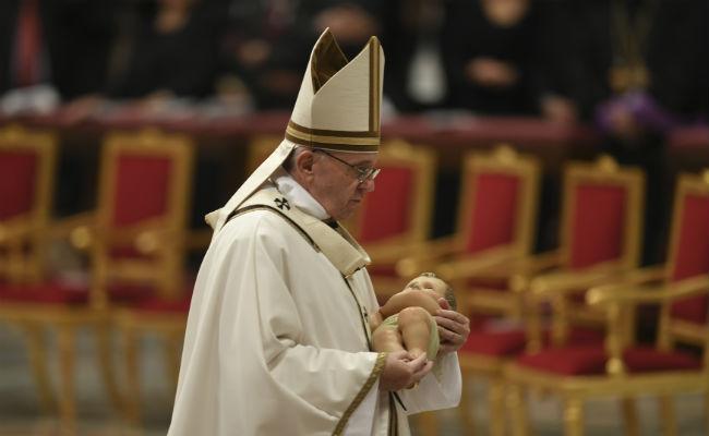Papa recuerda el sabor triste de la Navidad: los niños bajo bombardeos