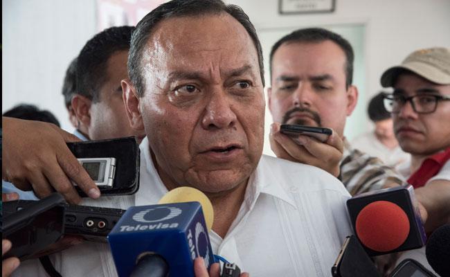 Zambrano llama a AMLO a fijar postura sobre situación de Venezuela