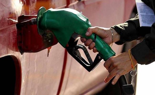 Gasolinas Magna y Premium subirán un centavo para este fin de semana