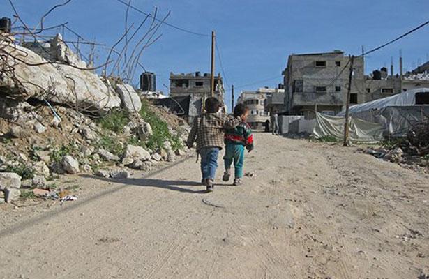 Pobreza extrema en el mundo sigue bajando, informa el Banco Mundial