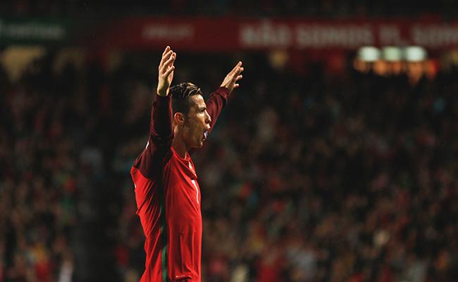 Con goles de Ronaldo, Portugal vence a Hungría 3-0