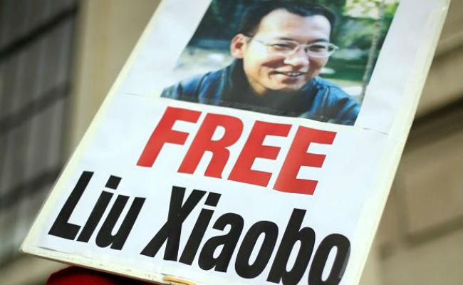 Liberan al Nobel de la Paz Liu Xiaobo por padecer cáncer de hígado terminal