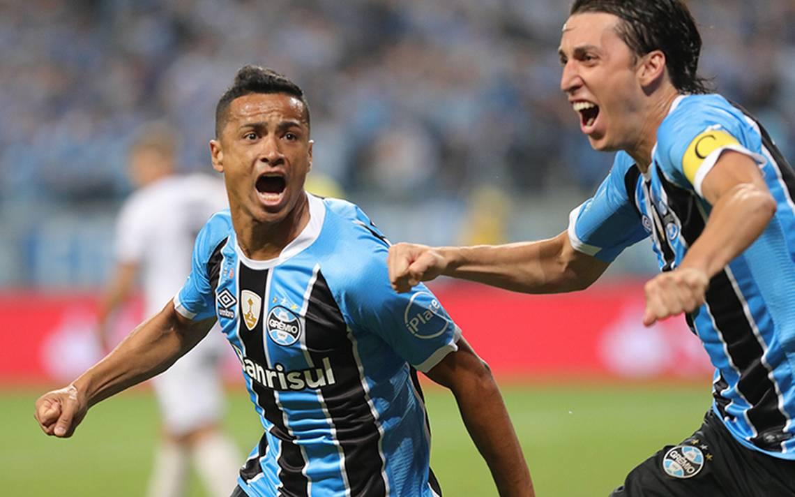 Gremio toma ventaja en la final de la Copa Libertadores