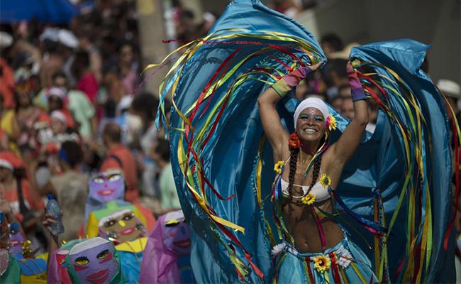 Arranca el carnaval más famoso del mundo en Río de Janeiro