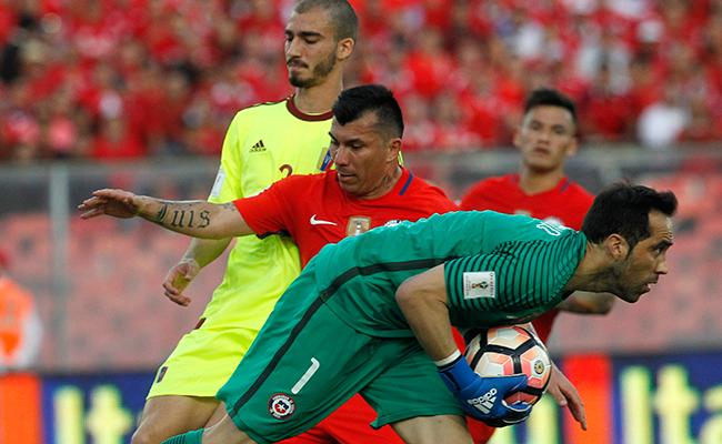 Bravo dejaría de vestir la playera chilena después de Rusia