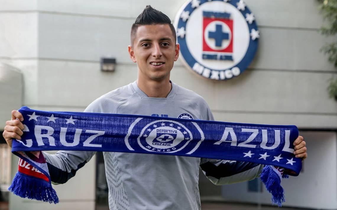 Roberto Alvarado, con hambre de gloria en el Cruz Azul