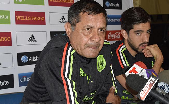 Pompilio Páez no reveló la lista para la Copa Oro