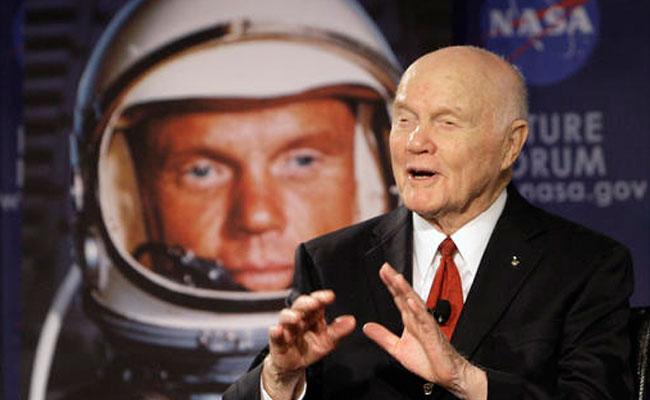 Muere John Glenn, primer astronauta de EU en orbitar la Tierra