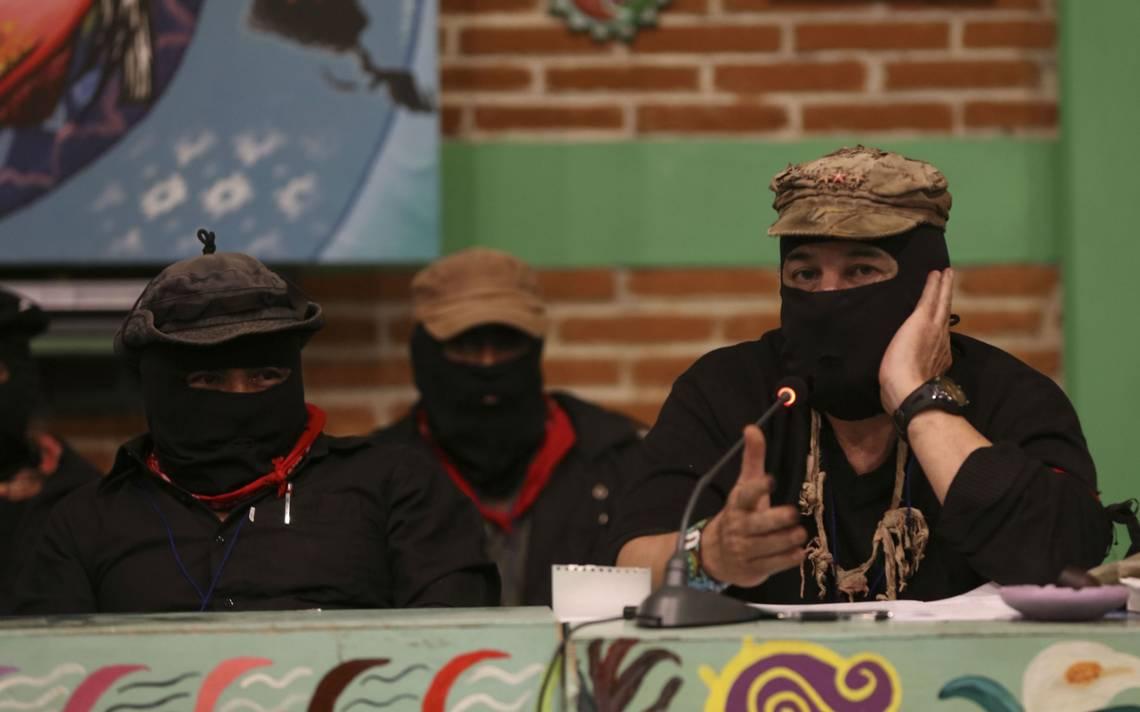 López Obrador envía carta del EZLN, los invita al diálogo
