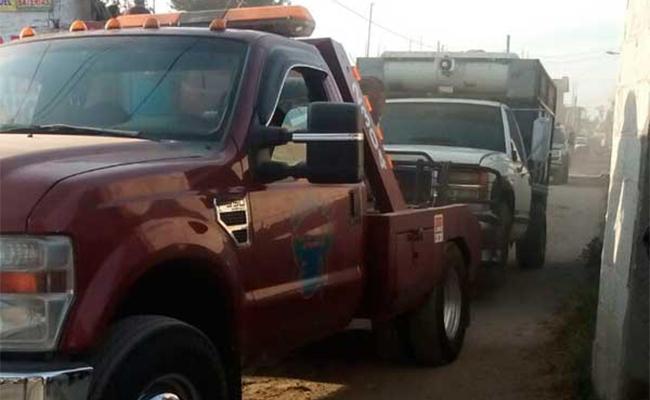 Aseguran seis camionetas con combustible robado en Texmelucan