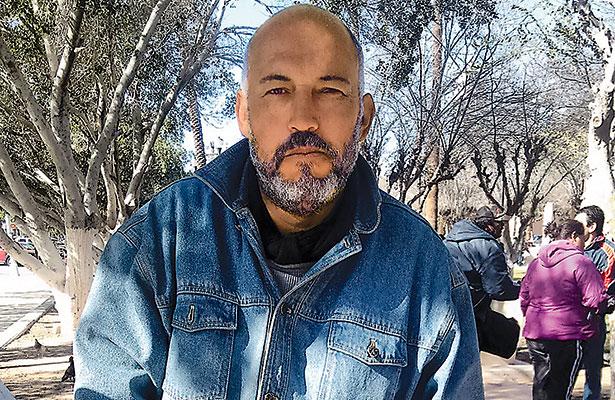 Coyotes falsifican documentos de mexicanos con estancia legal