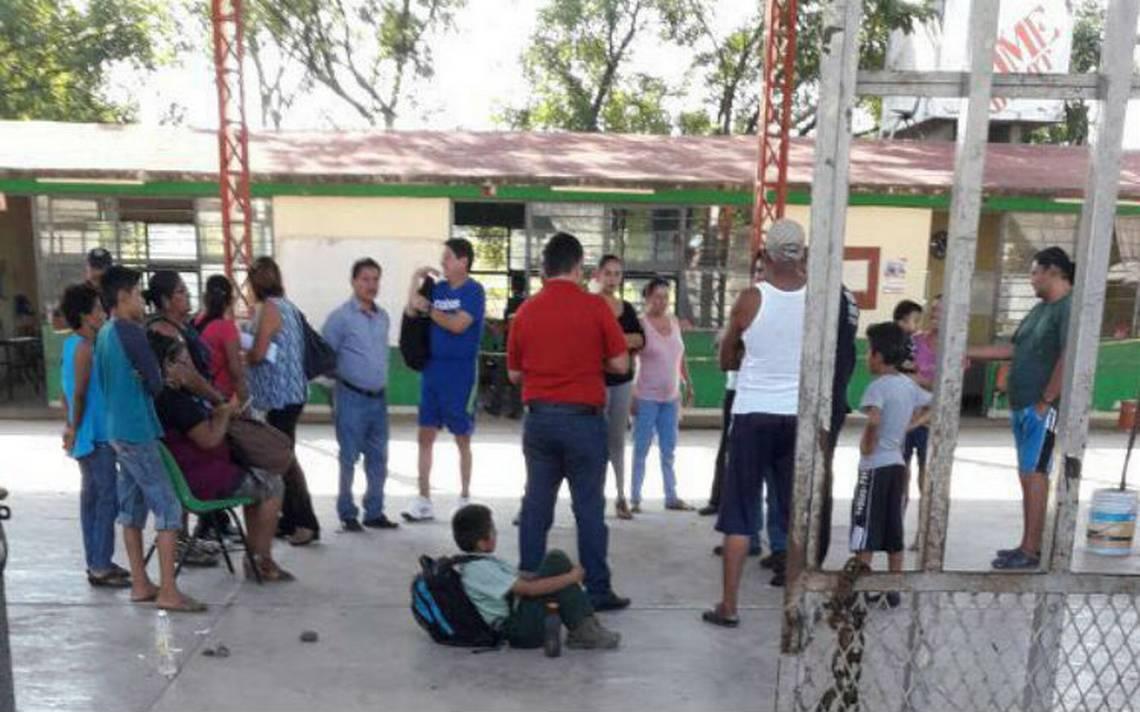 'Los Pañales' amagan con quemar escuelas ¡con niños adentro!