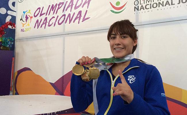 Lilia Durán, cinco preseas en pesas