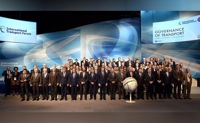 México participa en Foro Internacional de Transporte en Alemania