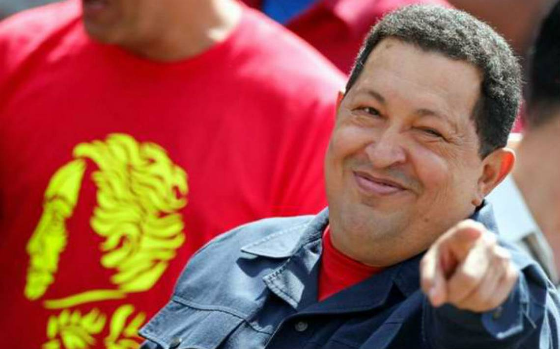 Después de cinco años, Hugo Chávez resucita… en Twitter