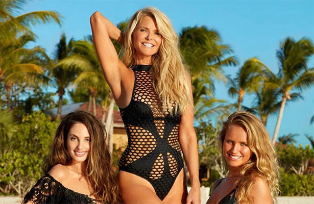A los 63 años, Christie Brinkley regresa en portada a Sports Illustrated