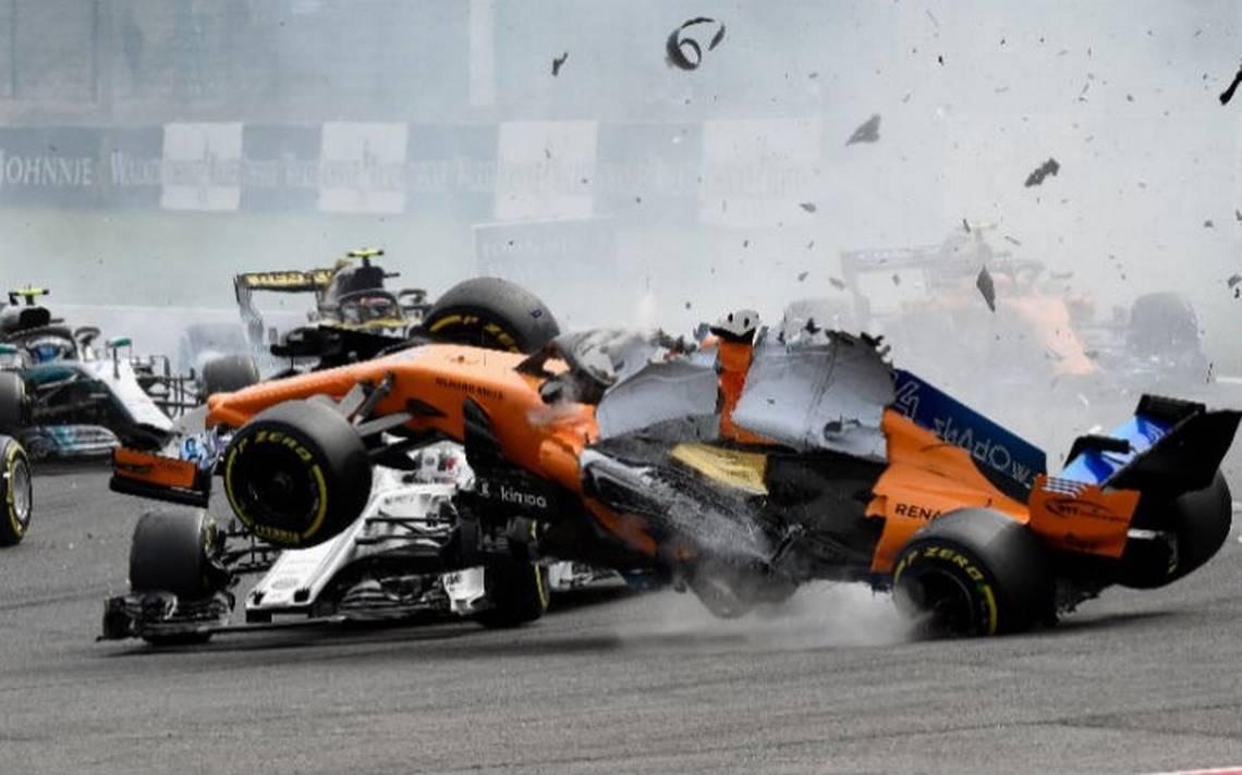 [Video] Alonso queda fuera de la carrera tras impresionante choque con Hulkenberg