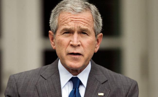 Pide George W. Bush respuestas a supuesta injerencia rusa en comicios