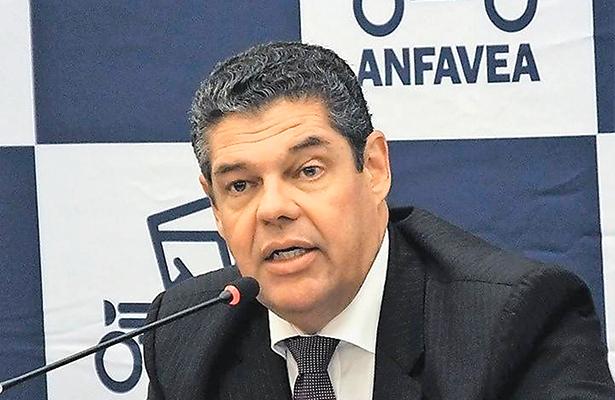 La producción de la industria automotriz brasileña aumenta un 17.1% en enero