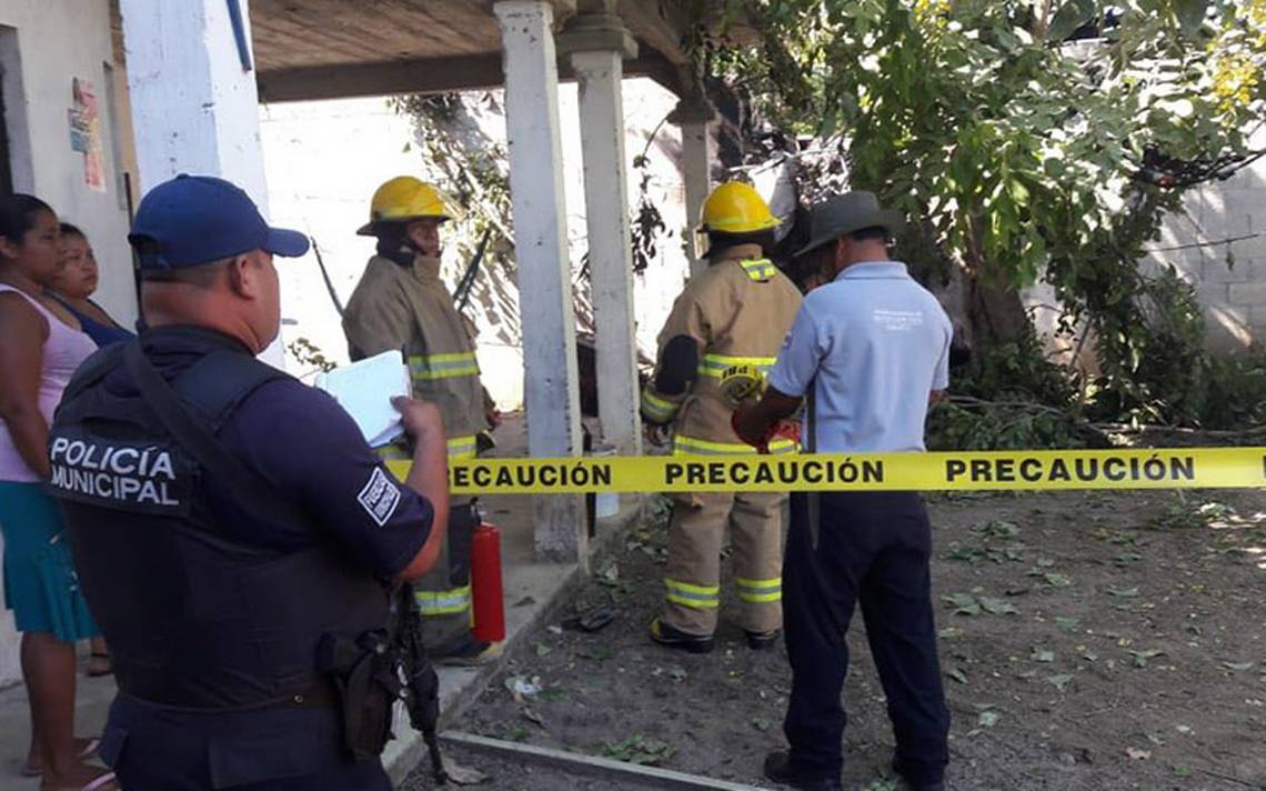 Piloto muere carbonizado tras caer su avioneta en Cunduacán, Tabasco