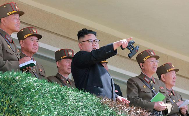 El misil fue un regalo para los bastardos estadounidenses: Kim Jong-Un