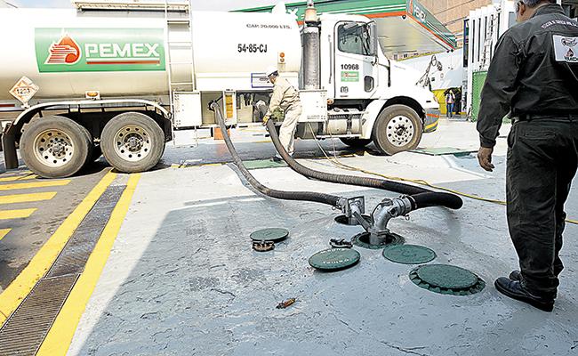 Anuncia Petróleos Mexicanos que restablecerá el abasto de gasolina esta semana