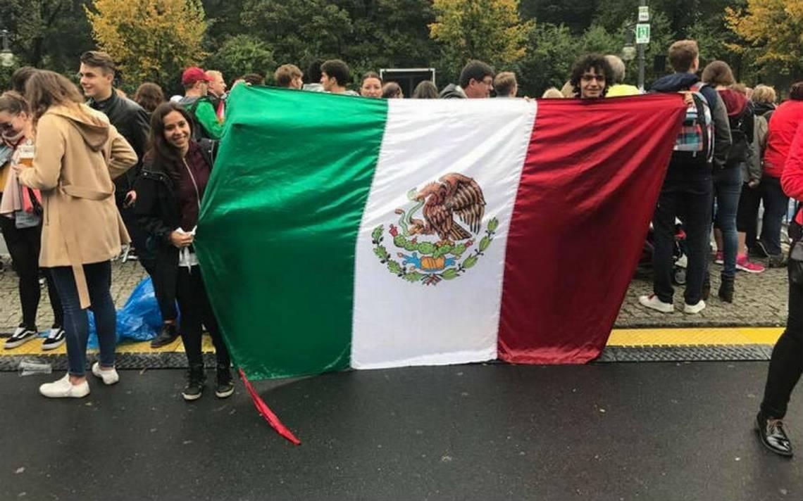 500 mexicanos participan en maraton de Berlín en recuerdo de las víctimas del sismo