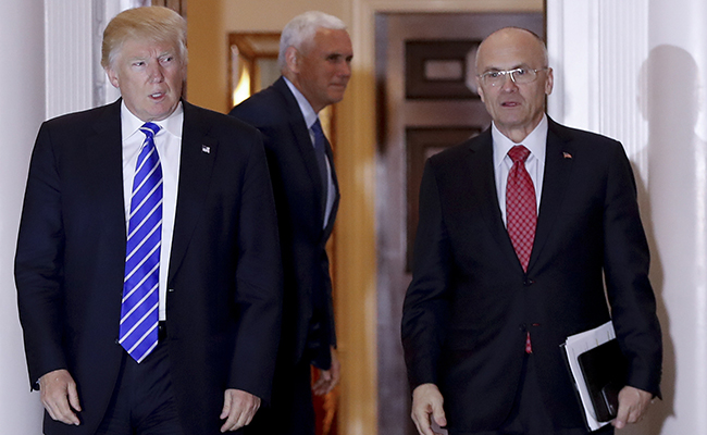 Andrew Puzder se retira de nominación de Trump para Departamento del Trabajo