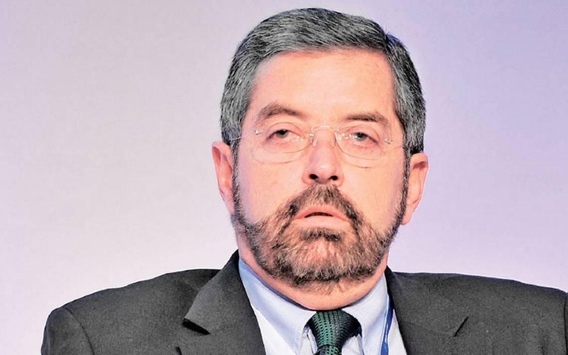 Descontento social provoca oleadas populistas: Juan Ramón de la Fuente
