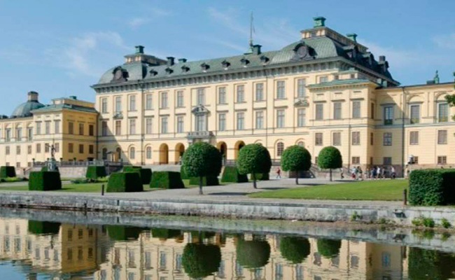 Fantasmas INVADEN palacio