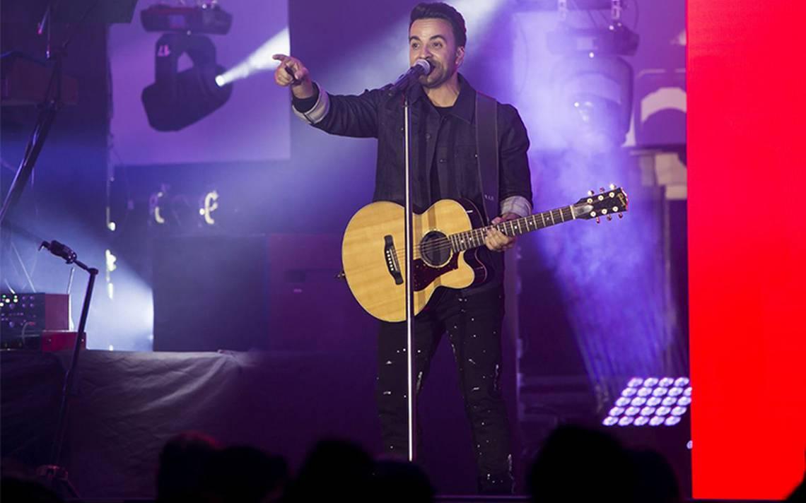 Luis Fonsi buscará hacer historia en la edición 60 de los Grammy