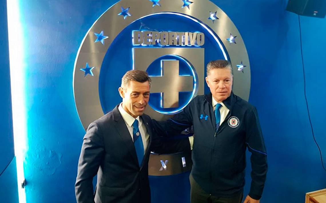 ¡Renace la ilusión! Ricardo Peláez fue presentado con Cruz Azul