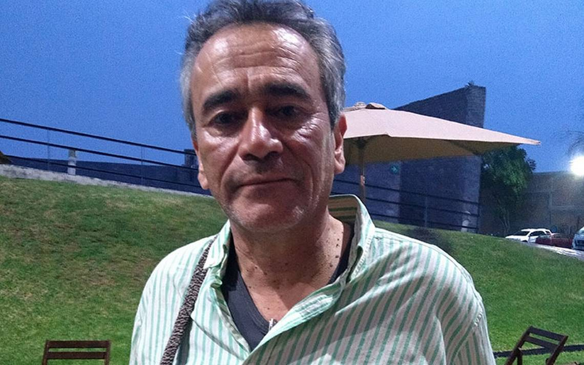 Evelio Rosero habla de su más reciente novela Toño Ciruelo