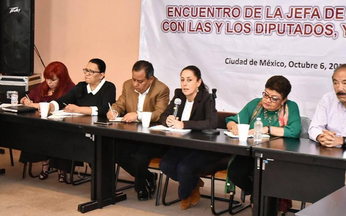 Sheinbaum dialoga con alcaldes de Morena sobre corrupciA?n y austeridad en la CDMX