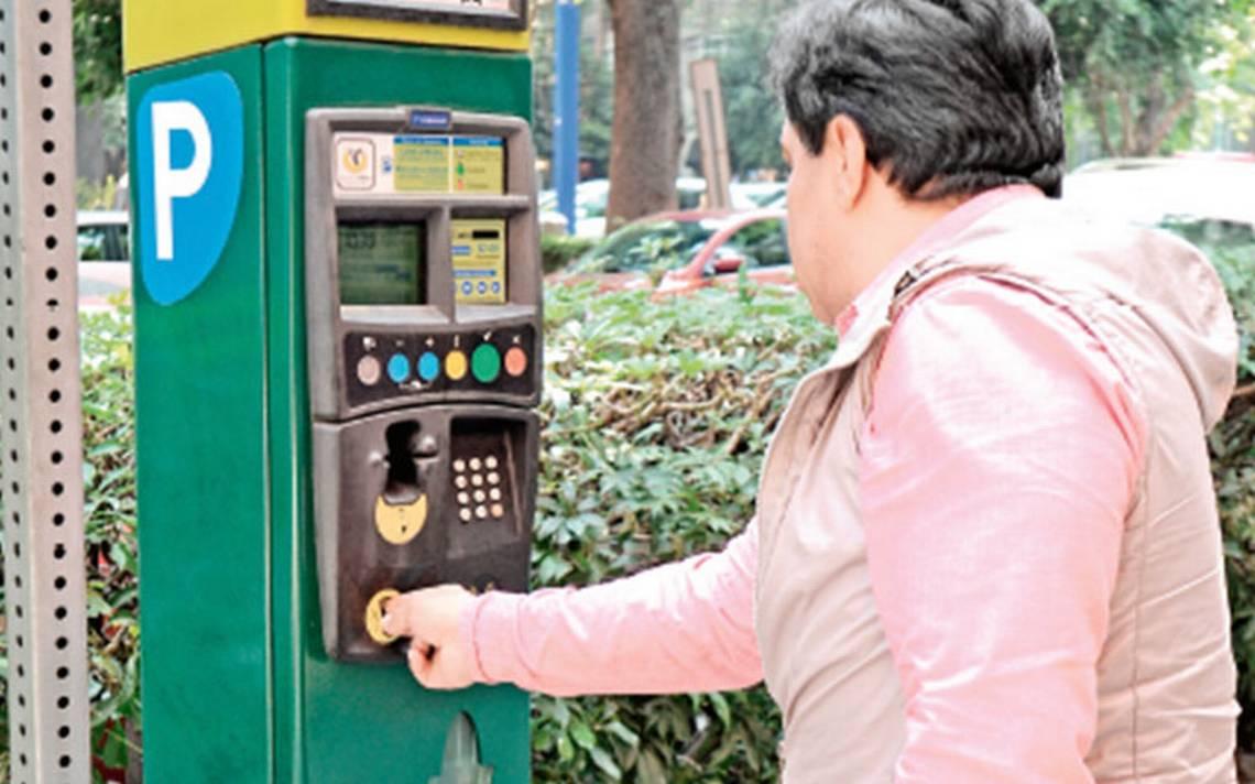 AEP debe manejar parquímetros en Condesa: Rafael Guarneros