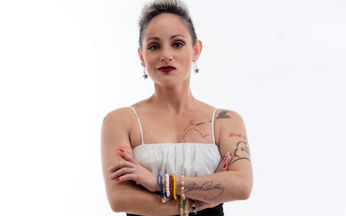 Lola Cortés analiza propuestas laborales tanto de Televisa como de TV Azteca