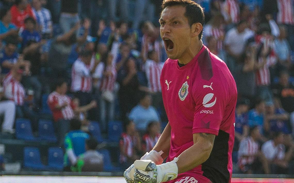 ¡Le dice adiós a las Chivas! Rodolfo Cota es el nuevo jugador de León