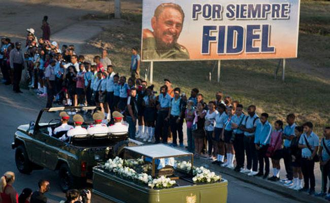 Entierran cenizas de Fidel Castro en ceremonia privada en Cuba